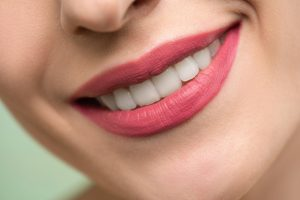 Bleeding Gums: Causes and Symptoms